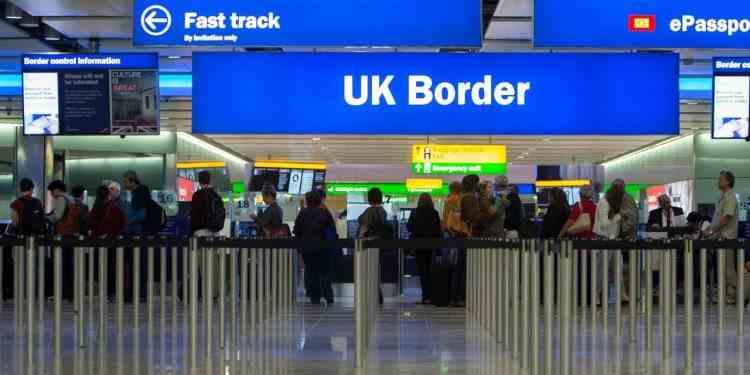 Efectele Brexit - Românii vor putea intra în Marea Britanie doar cu pașaportul