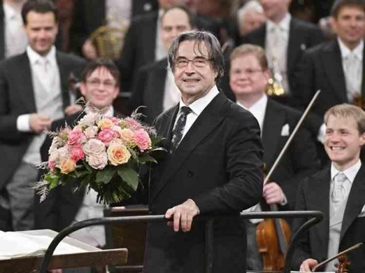 Concert fără spectatori dar cu aplauze live - Maestrul Riccardo Muti va dirija pentru a șasea oară concertul de Anul Nou de la Viena