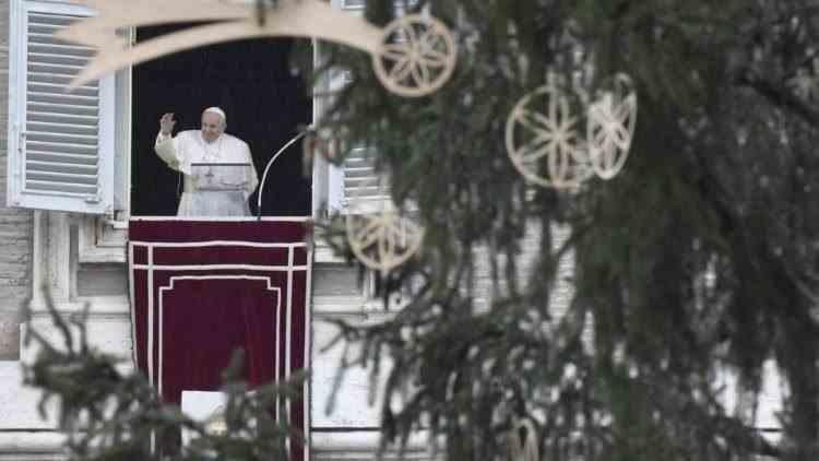 Consumerismul ne-a furat Crăciunul - Declarațiile Papei Francisc