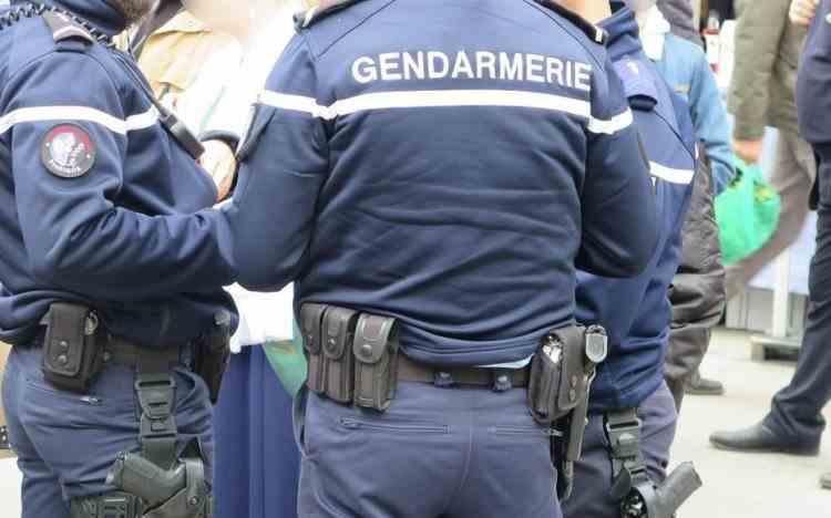 Trei jandarmi francezi au fost uciși în timp ce interveneau la un caz de violență domestică