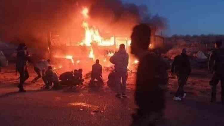 Cel puțin 28 de oameni au fost uciși după ce un autobuz a fost prins într-o ambuscadă în Siria