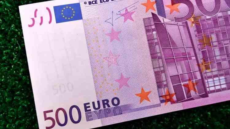 Copiii nu vor primi nici în 2021 cei 500 de euro pentru educație