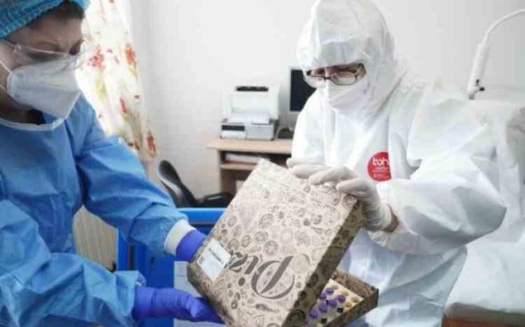 Institutul Cantacuzino a trimis la spitalele din țară vaccinurile anti-COVID în cutii de pizza