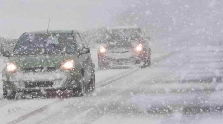 Avertizare ANM - Răcire accentuată a vremii, ploi, ninsori și polei