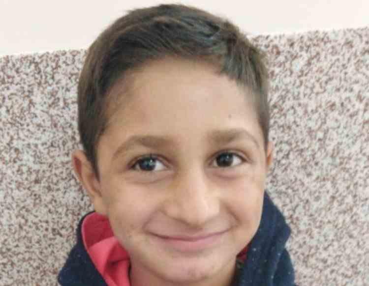 Poliția cere ajutorul cetățenilor pentru găsirea unui copil de 7 ani din Arad care a plecat la joacă și nu s-a mai intors acasă