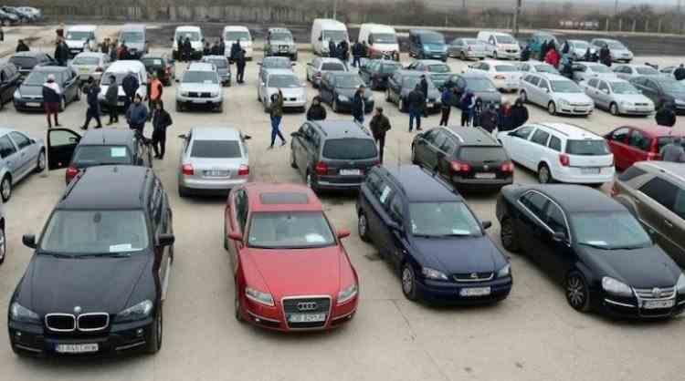 Pedeapsa primită de un craiovean care a vândut o mașină cu peste 200000 de km dati înapoi
