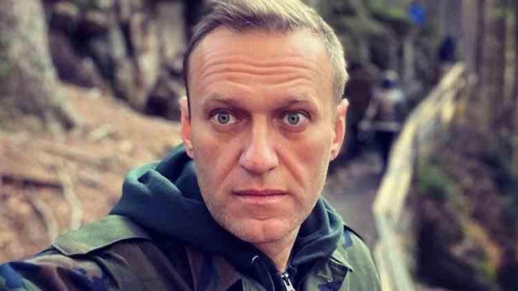 Alexei Navalnîi a anunțat că duminică se întoarce în Rusia