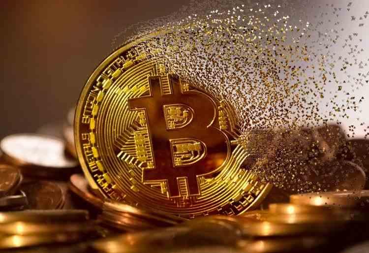 Banca Centrală Europeană cere reglementarea Bitcoin