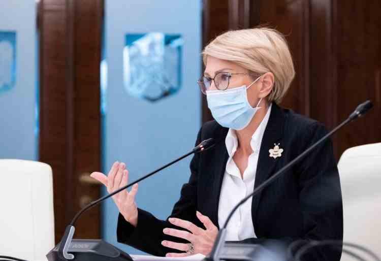 Ministrul Muncii - Nu se taie salariile, dar se va umbla la sistemul de acoperire din bani publici și se va face verificarea unor sporuri