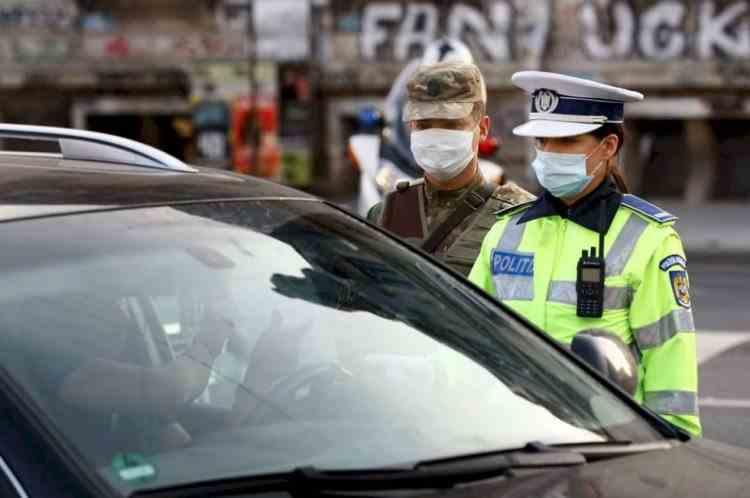 Amenzile pentru lipsa declaraţiei pe propria răspundere, aplicate în starea de urgență, au fost declarate neconstituţionale și anulate de instanță
