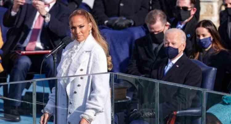 Jennifer Lopez a rostit în premieră cuvinte în limba spaniolă la o ceremonie de învestire a unui președinte al SUA