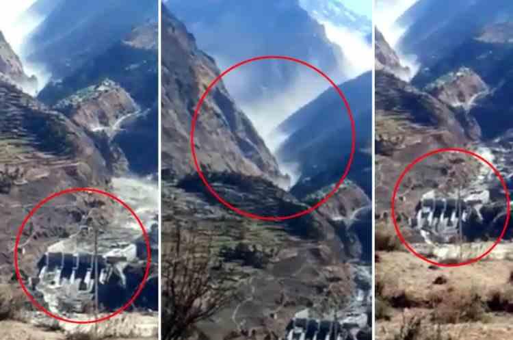 150 de persoane sunt date dispărute după ce bucăți dintr-un ghețar s-au prăbușit într-un lac de acumulare