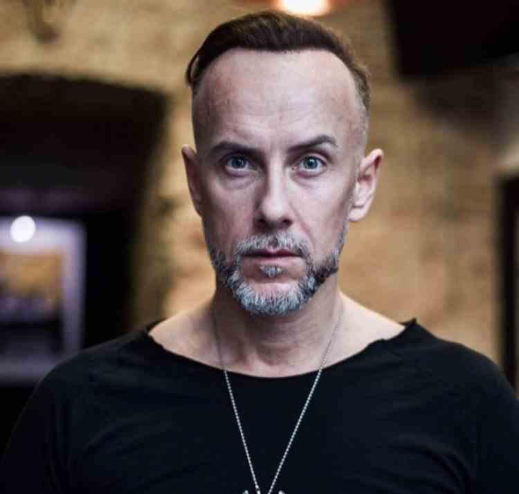 Solistul trupei Behemoth a fost condamnat în Polonia pentru ofensarea sentimentelor religioase