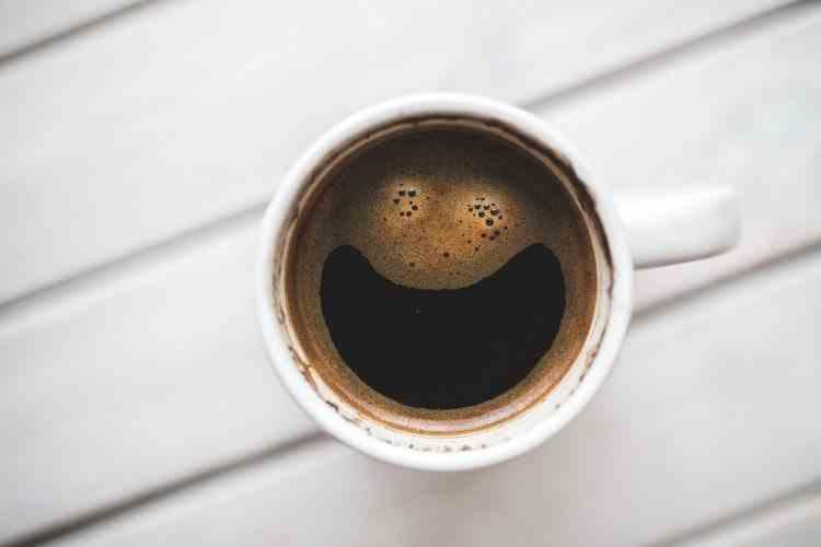 În ce moment al dimineții este ideal să-ți bei cafeaua