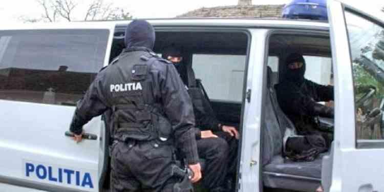 Percheziții joi dimineața la hoții din gruparea Giulești specializați în furtul de seifuri