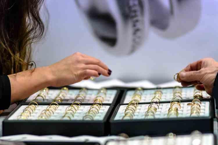 Când bijuteriile îți pun sănătatea în pericol - Metalele care provoacă alergii