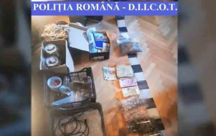 """""""Supermarket de droguri"""", destructurat de DIICOT - Patru persoane au fost arestate"""