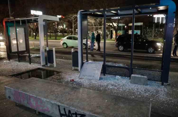 Poliţia Locală Bucureşti: Distrugeri de 32000 de euro, în urma protestului de luni seara