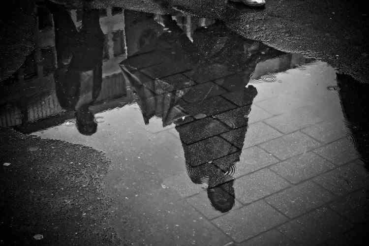 Avertizare ANM de ploi și vânt puternic pentru următoarele zile