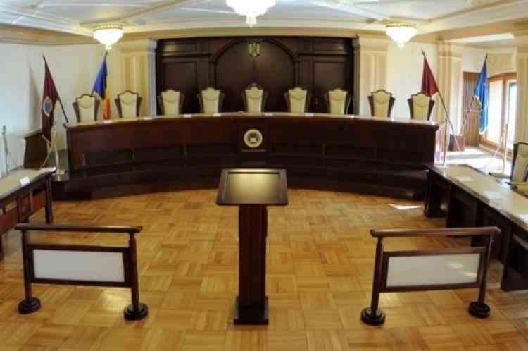 Decizie CCR: Hotărârea judecătorească trebuie motivată la data pronunțării sentinței