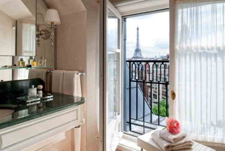 Jaf la un hotel de lux din Paris - Hoții au furat bijuterii în valoare de 100000 de euro
