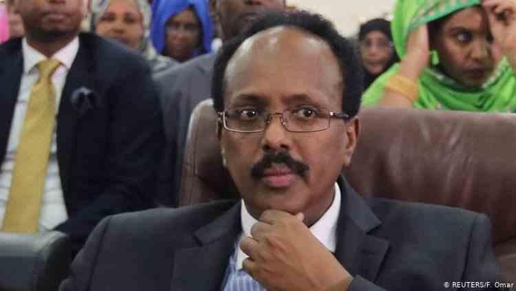 Șeful poliției din Mogadishu a suspendat Parlamentul Somaliei - A fost demis la câteva secunde după ce a făcut anunțul