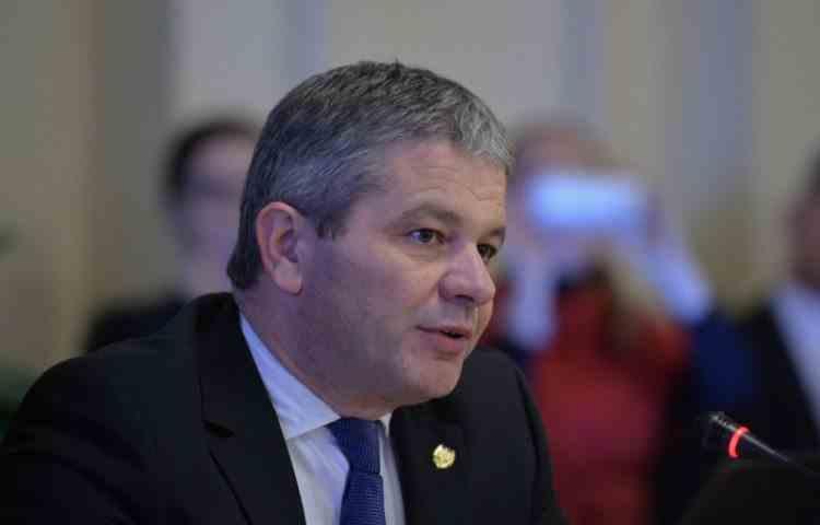 Senatorii au votat pentru începerea urmăririi penale împotriva fostului ministru al Sănătății, Florian Bodog