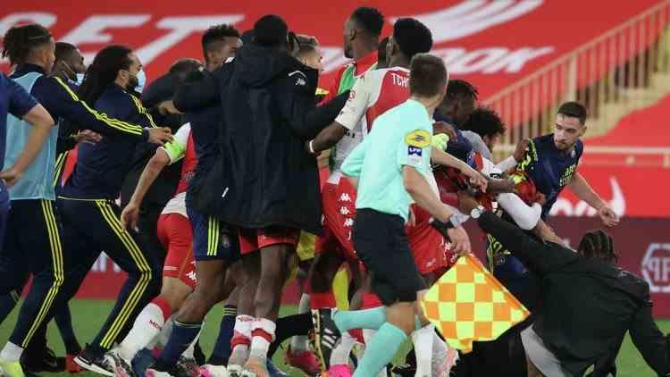Altercație la finalul partidei dintre AS Monaco și Olympique Lyon