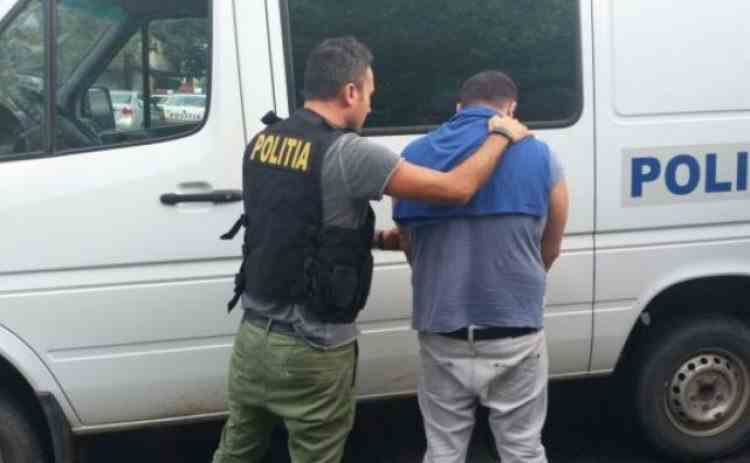 Proprietarul armei cu care un copil şi-a împuşcat mortal fratele a fost reţinut