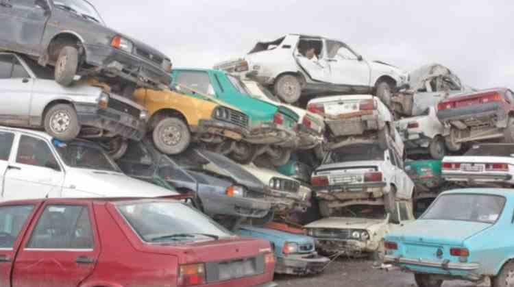 Proprietarii de vehicule pe care nu le folosesc vor fi obligați să plătească RCA - Peste 2 milioane de români sunt afectați de decizia Curții Europene de Justiție