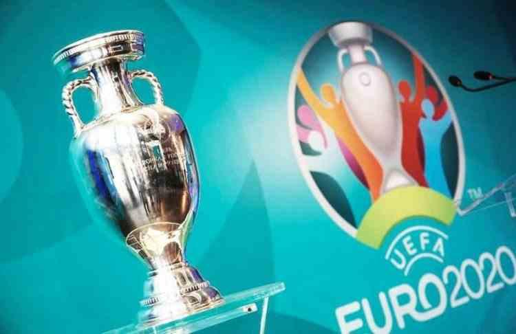 Premierul Cîțu: La meciurile EURO 2020 vor participa doar persoane vaccinate