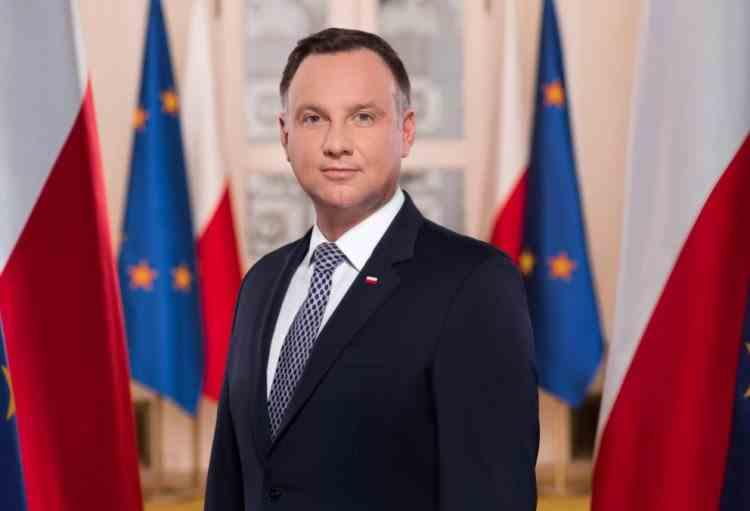 Preşedintele Poloniei efectuează începând de astăzi o vizită oficială în România