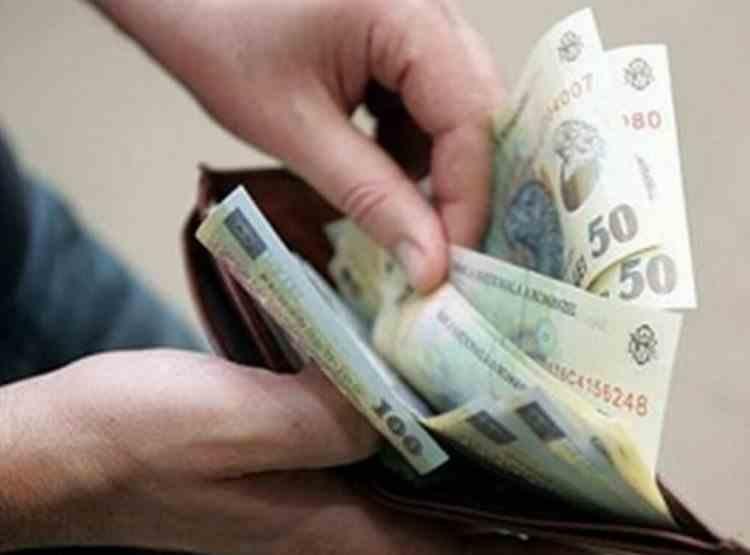 Proiect de lege: Salariul minim pe economie ar putea fi acordat pe o perioadă determinată și doar persoanelor care nu au niciun fel de calificare