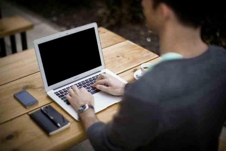 Legea muncii a fost modificată - Care sunt noile prevederi