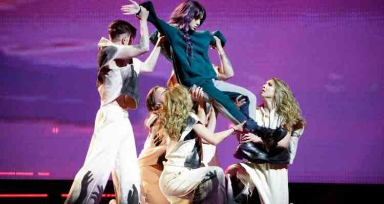Delegația României la Eurovision a ratat ceremonia de deschidere a concursului de la Rotterdam, după ce a fost forțată să rămână în izolare la hotel