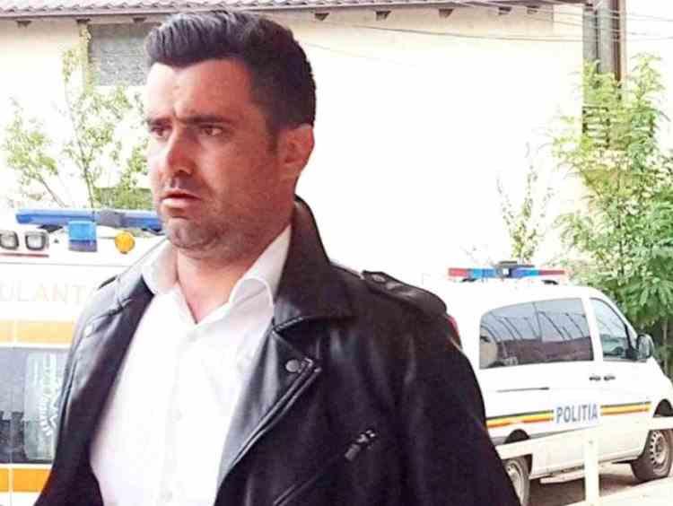 Percheziţii la domiciliul adjunctului Poliției Mioveni, vizat într-o anchetă DNA