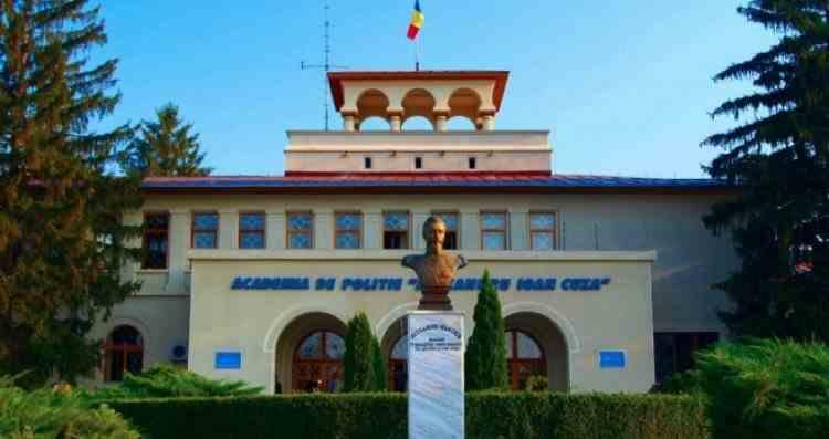Foștii șefi ai Academiei de Poliției au fost condamnați la închisoare cu suspendare și muncă în folosul comunității în dosarul șantajării jurnalistei Emilia Șercan