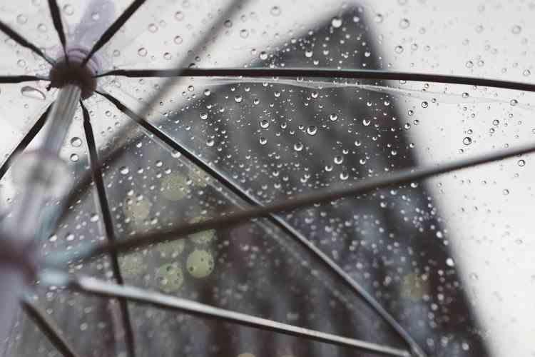 Avertizare ANM de vreme extremă - Cod galben de ploi, vijelii și grindină pentru următoarele trei zile