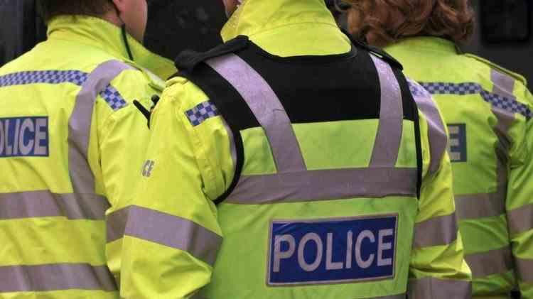 O femeie din Marea Britanie și fiul ei de 4 ani au fost uciși de traficanții de droguri, pentru datoria pe care o avea iubitul ei - Cum au fost prinși ucigașii