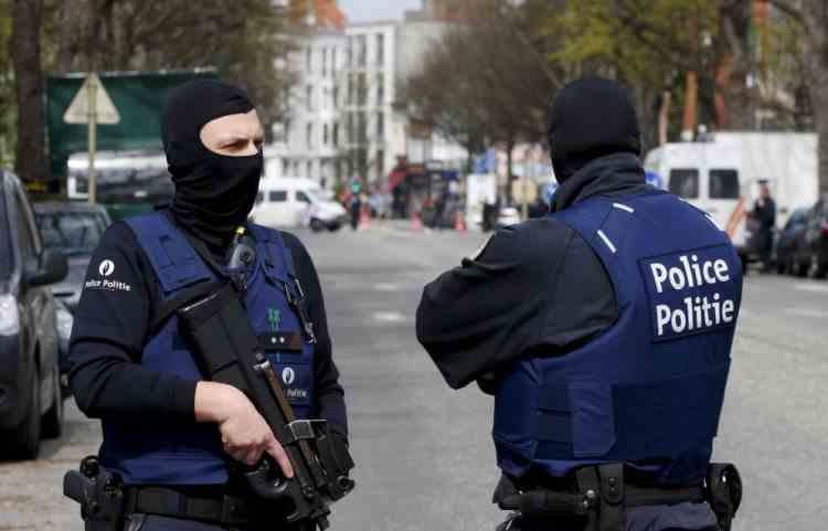 O femeie din Belgia a fost înjunghiată mortal, pe stradă, în timp ce-și plimba bebelușul