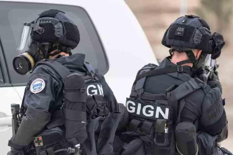 """Un fost militar francez a fost """"neutralizat"""", după o urmărire de 36 de ore - Bărbatul a deschis focul asupra forțelor de ordine"""