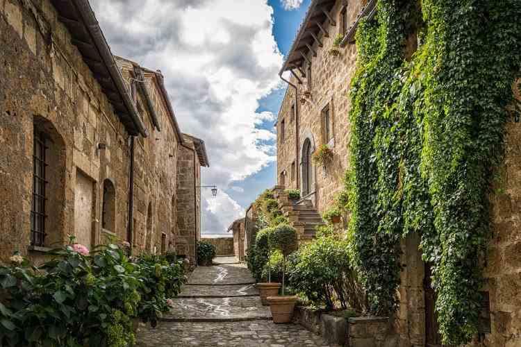 Motivul pentru care italienii nu se înghesuie să-și cumpere case cu un euro