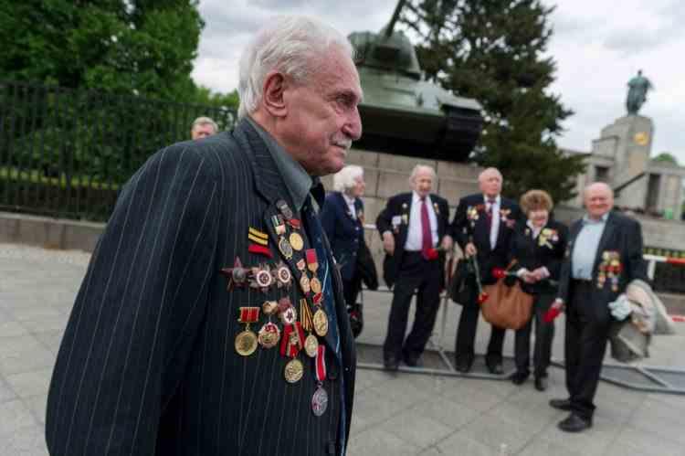 A murit soldatul care a dărâmat gardul de la Auschwitz - David Dushman avea 98 de ani