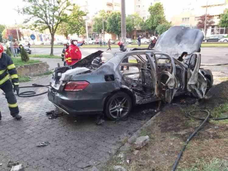 Asasinatul de la Arad: Omul de afaceri Ioan Crișan ar fi supraviețuit exploziei și ar fi murit ars de viu