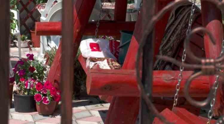 Doi soţi din Argeş au fost găsiţi morţi în casă după ce s-ar fi otrăvit din greșeală cu insecticid