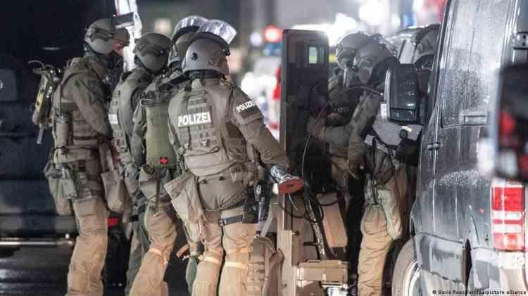 O unitate a forțelor speciale de poliție din Germania va fi desființată din cauza acuzațiilor de nazism