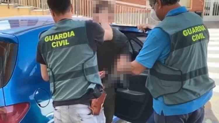 Un român din Spania și-a ucis iubita minoră, a tranșat cadavrul și l-a aruncat în mai multe locuri din orașul în care locuia