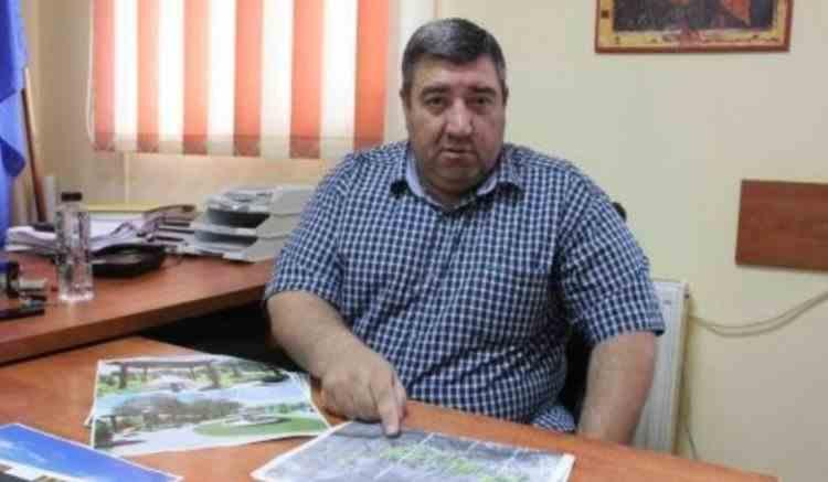 Primarul din Ilfov, acuzat că ar fi violat o fetiță de 12 ani, a fost eliberat