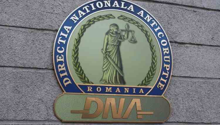 Un primar din Caraș-Severin a fost reținut de DNA în urma unui flagrant - Primarul este acuzat de luare de mită