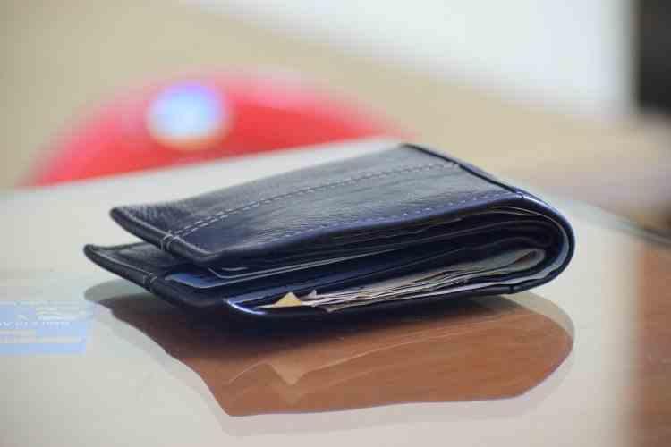 Salariile românilor, după un an de pandemie - Bugetarii sunt cei mai favorizați
